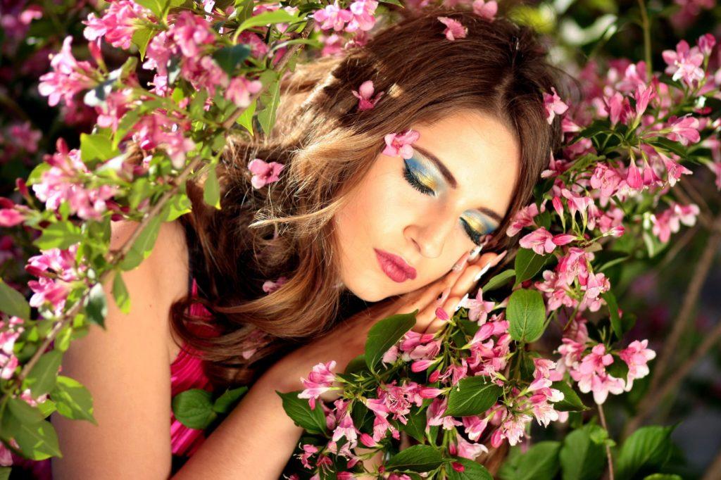 girl-sleeping-flowers-pink-casey-wallpaper